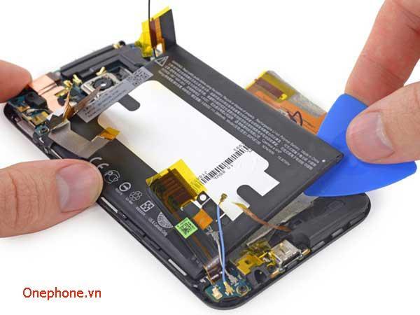 Thay pin HTC tại Hà Đông, Hà Nội