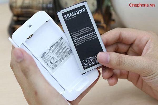 Thay pin Samsung S5 tại Hà Nội